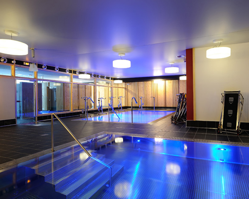 Piscine inox 74 316l jbs piscines haute savoie suisse - Bassin piscine inox perpignan ...
