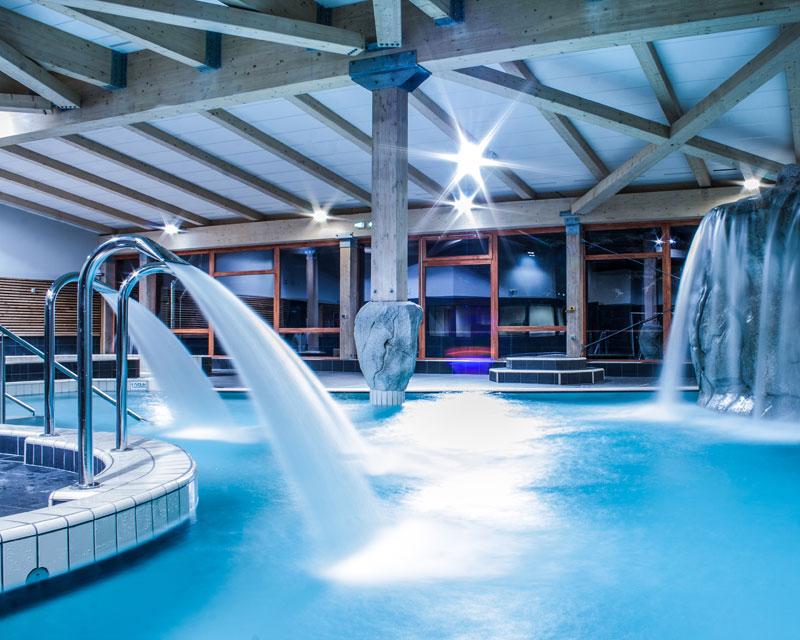 Construction piscine publique et centre nautique jbs for Construction piscine savoie