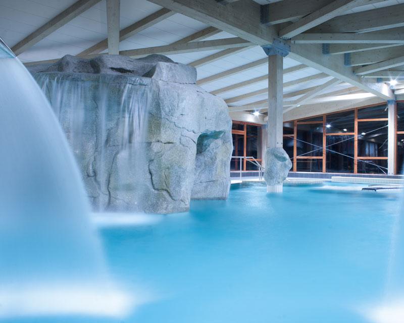 Construction piscine publique et centre nautique jbs for Construction piscine haute savoie